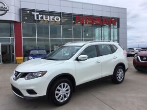2015 Nissan Rogue S FWD  JUST CERTIFIED SAVE$$$