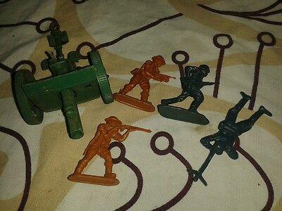 altes Kriegsspielzeug- Militär - kleiner Konvolut - sehr alt