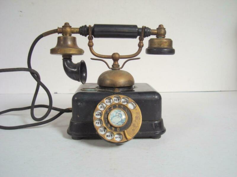 Vintage French Style Rotary Telephone Model D0-8 Made in Japan