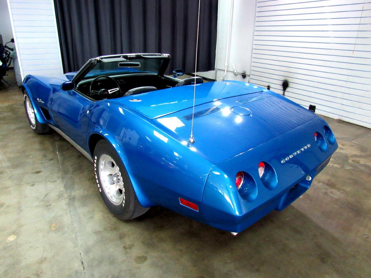 1974 Blue Chevrolet Corvette Convertible  | C3 Corvette Photo 5