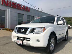 2012 Nissan Pathfinder LE Leather, 4 Wheel Drive, 7 Passenger