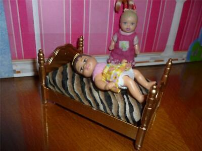 BARBIE BABY DOLL SIZE DOLLHOUSE FURNITURE - BED