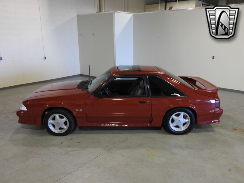 Image 9 Voiture American classic Ford Mustang 1988
