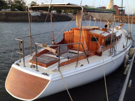 Timber Classic Yacht - Sloop - Excellent Condition 120K spent