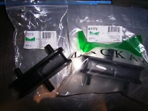CHRYSLER-VALIANT-HEMI-VH-CH-VJ-CJ-VK-FRONT-ENGINE-MOUNTS-BRAND-NEW-PAIR