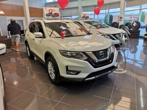 2018 Nissan Rogue SV 4X4 375$ PER MONTH