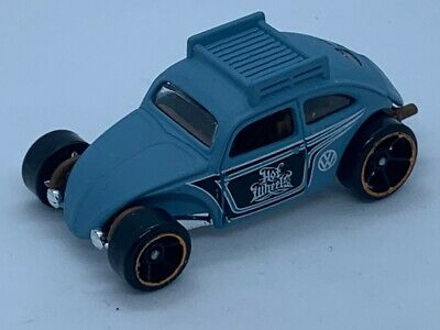 HOT WHEELS VOLKSWAGEN CUSTOM BEETLE