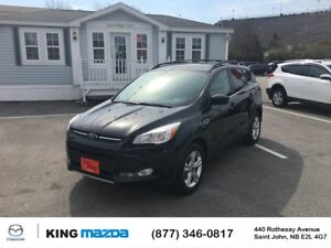 2015 Ford Escape SE- $166 B/W LOW KMS..ALL WHEEL DRIVE