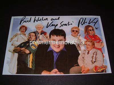 PETER KAY SIGNED REPRINT PHOTOGRAPH WITH PHOENIX NIGHTS & MAX & PADDY CHARACTERS