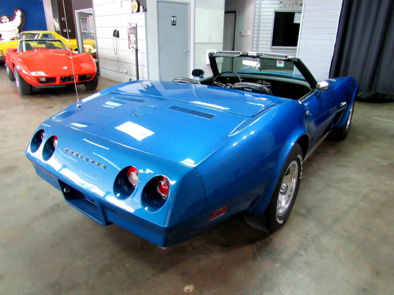 1974 Blue Chevrolet Corvette Convertible  | C3 Corvette Photo 6