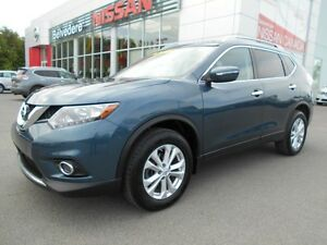 2014 Nissan Rogue SV AWD TOIT PANORAMIQUE CAMÉRA RECUL BLUETOOTH