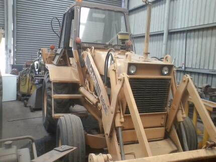 Case backhoe, Very cheap working back hoe