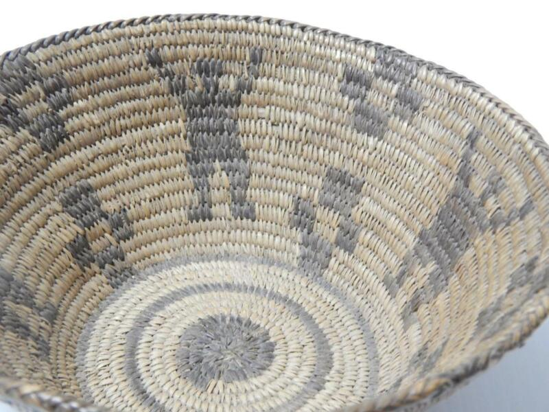 ANTIQUE / VINTAGE PIMA INDIAN BASKET BOWL c1890-1920 XLNT figural DSGN - NICE !