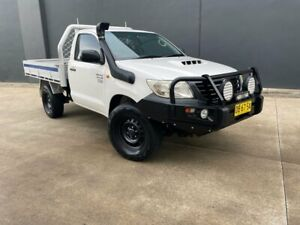 2011 Toyota Hilux KUN26R MY12 Workmate Cab Chassis Single Cab 2dr Man 5sp, 4x4 White Manual