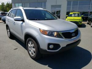 2011 Kia Sorento LX V6 AWD New ties. New MVI. Great cond.