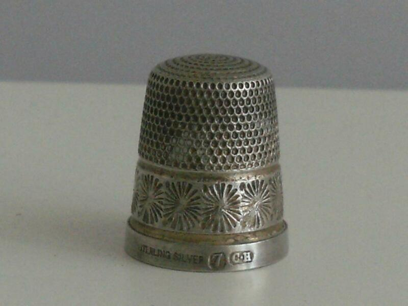 STERLING SILVER THIMBLE Charles Horner