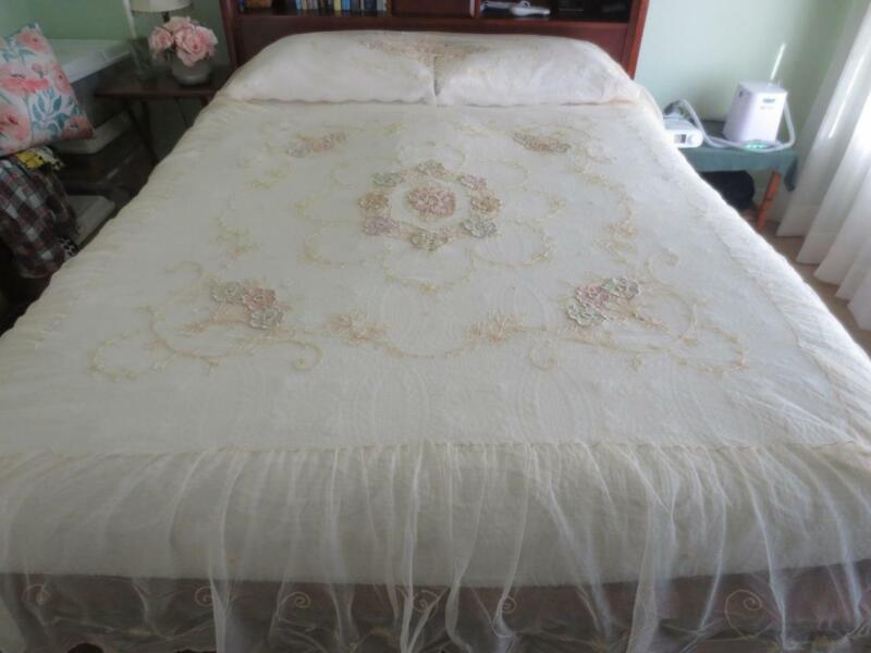 Fabulous Victorian Antique French Tambour Lace Ruffled Full Bedspread