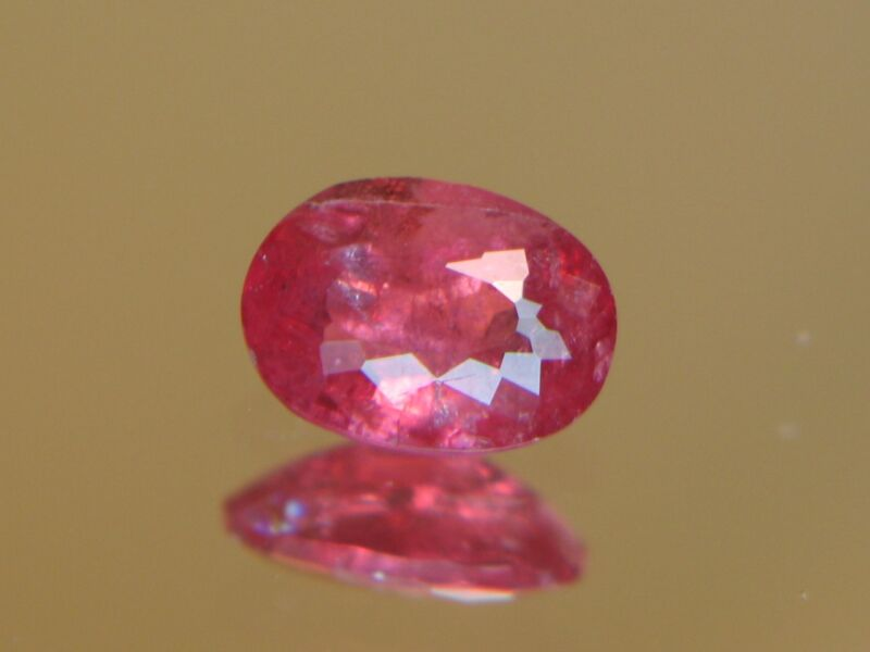 1.30CT XXRARE TRANSPARENT FACETED AUSTRAILIAN RHODONITE