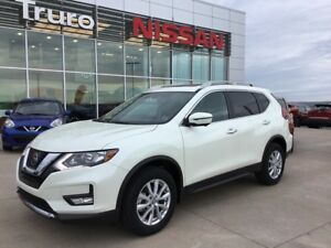 2017 Nissan Rogue SV W/Moonroof & Technology PKG NEW LEFTOVER SA