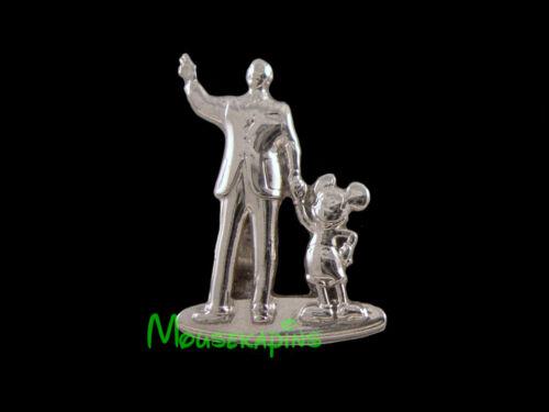 Main St Central Plaza WALT & MICKEY / PARTNERS STATUE Disney Tiny Kingdom PIN