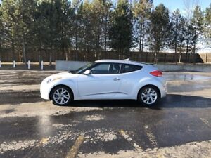 2016 Hyundai VELOSTER  FWD