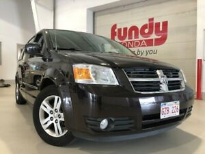 2010 Dodge Grand Caravan SXT w/power doors and rear DVD