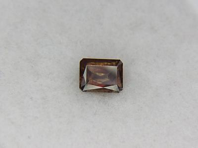 2.45CT STUNNING EAST AFRICAN BROWN OLIVE GREEN TO ORANGY RED COLOR CHANGE GARNET