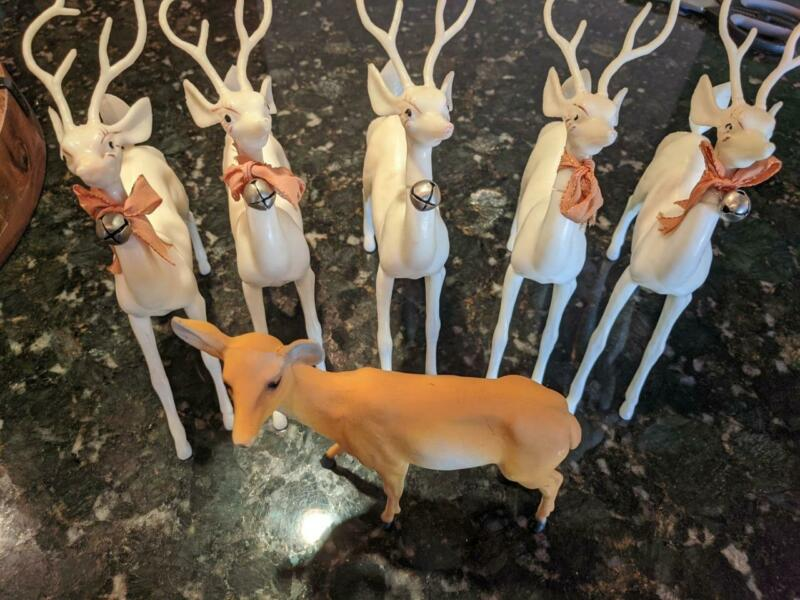 """6 VINTAGE WHITE PLASTIC CELLULOID XMAS REINDEER 7"""" TALL FIGURES MOVABLE HEADS"""