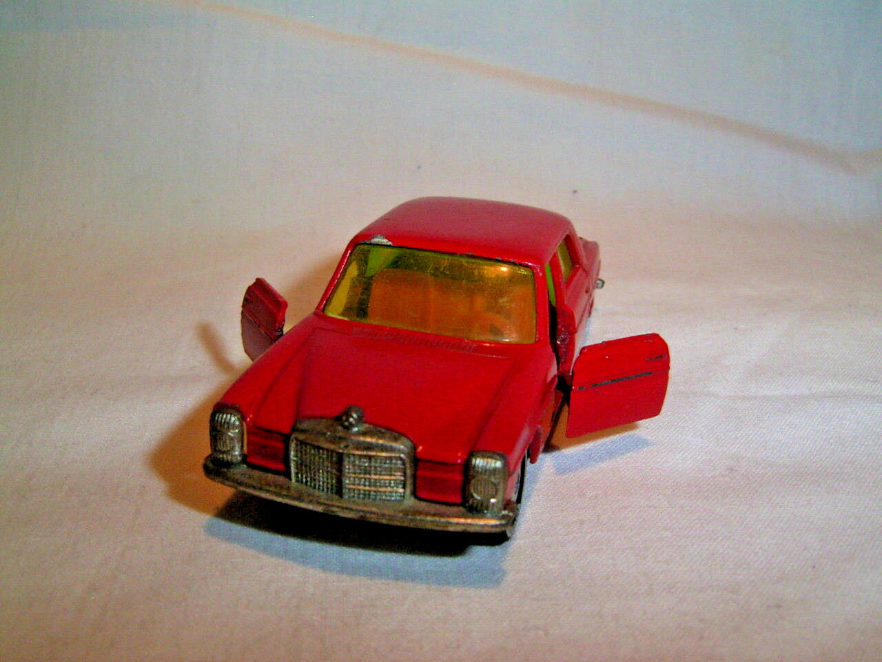 Siku Mercedes Benz 230 V 309 Rot - Red