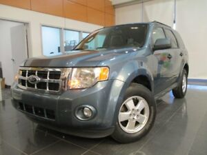 2012 Ford Escape XLT + MAGS + BLUETOOTH + COMM AU VOLANT + HITCH