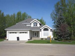5528 39 ST Drayton Valley, Alberta