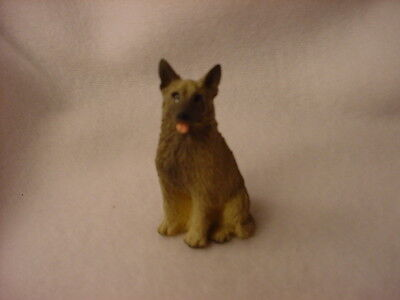 NORWEGIAN ELKHOUND puppy TiNY FIGURINE Dog PAINTED MINIATURE Mini resin Statue
