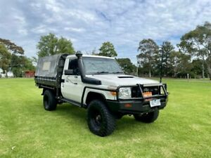 2011 Toyota Landcruiser VDJ79R 09 Upgrade Workmate (4x4) White 5 Speed Manual Cab Chassis