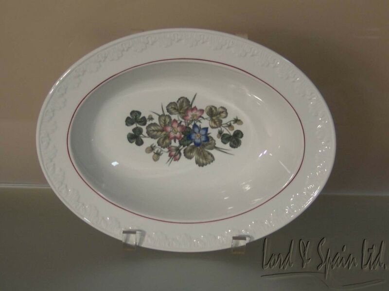 Wedgwood PEMBROKE Corinthian Floral Oval Serving Bowl-EX!