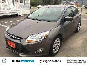 2012 Ford Focus SE! 6 Spd MANUAL** A/C** ONE OWNER! CLEAN CARPRO