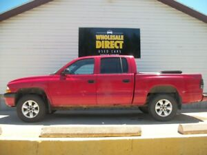 2004 Dodge Dakota V6 - 4X4 - QUAD CAB - A/C