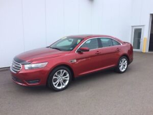2013 Ford Taurus SEL Really Clean Car and AWD