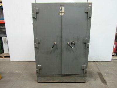 Herring Hall Marvin Safe Co Vintage Double Door Combination Gun/Storage Safe