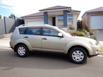 4wd Mitsubishi Outlander 2007 | 2nd Owner | 210 000 | Rego until