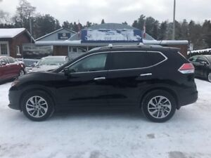 2014 Nissan Rogue SL /AAWD / ONE OWNER / NAV