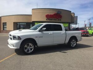 2014 RAM 1500 SPORT LOW KMS P-ROOF-LTHR HTED AND COOL SEATS CREW