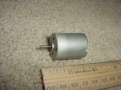 Small Dc Electric Motor 1.5- 3.0vdc 7700 Rpm 150 Ma M71