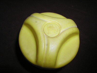 Seadoo XP GTX GTI GTS 3D GSX GS Fuel Gas Tank Filler Cap + Neck Housing Yellow