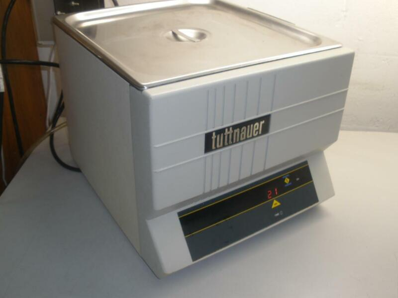 Tuttnauer 3032 W/T & H Ultrasonic Cleaner