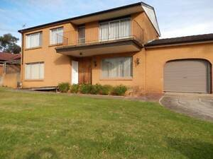 LARGE HOME IN CONVENIENT LOCATION Seven Hills Blacktown Area Preview