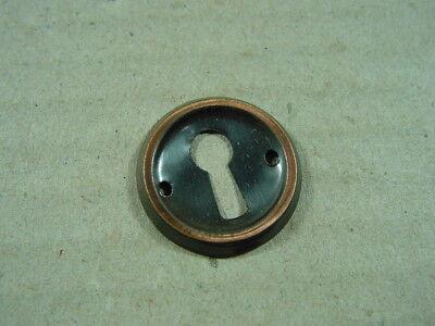 Schlüssellochbeschlag 50er Jahre rund Messing ca 2,4 cm Schlüssellochblende