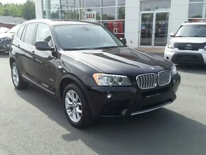 2014 BMW X3 xDrive28i AWD. Navigation. Sunroof.