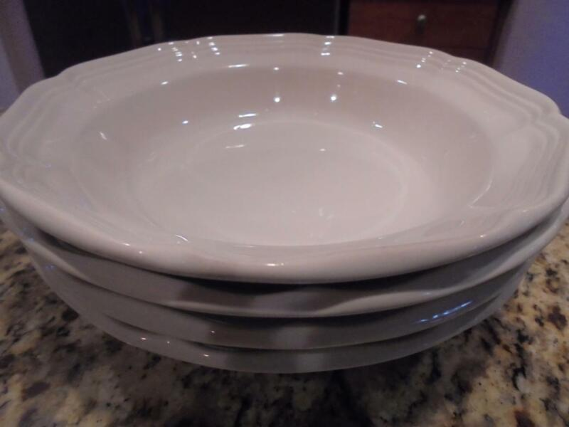 4 Mikasa French Countryside wide rim soup bowls mint condition-low fast shipping