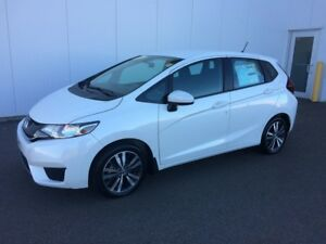 2017 Honda Fit SE Finance and Lease Rebates available , rates as