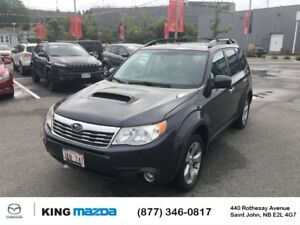 2010 Subaru Forester Limited LOW KMS..HEATED LEATHER SEATS..PANO